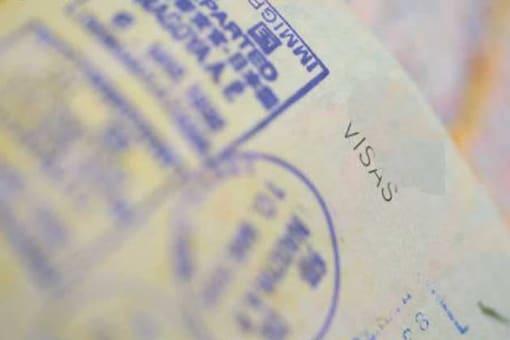 India puts visit on hold after China denies visa
