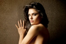 Sherlyn Chopra tweets nude pics, trends on Google