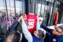 Livorno players, fans pay respects to Morosini