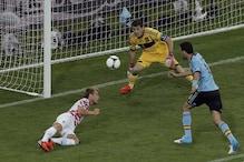 Casillas shows why he is 'Saint Iker'