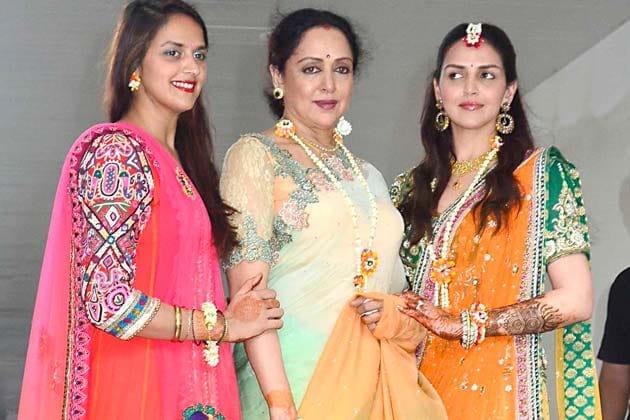Esha Mehndi Ceremony : In pics esha deol s mehendi ceremony photogallery