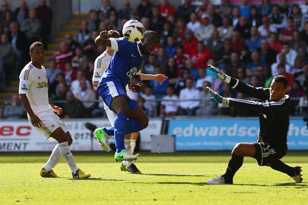 f57a9623f78a Everton ease to 3-0 win against Swansea - News18
