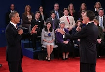 US Elections: Obama, Romney pursue last votes in deadlocked race