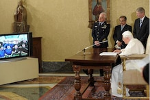 Pope presses opposition against gay marriage