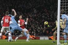 Giroud shines as clinical Arsenal thump West Ham 5-1