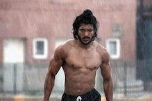 'Bhaag Milkha Bhaag' is the story of a true hero: Farhan Akhtar