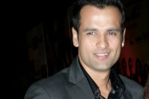 Rohit Roy is scared of Remo D'Souza, loves Madhuri Dixit
