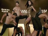 'Dhoom 3' new stills: Move over Aishwarya Rai; Katrina Kaif sizzles in 'Dhoom Machale'