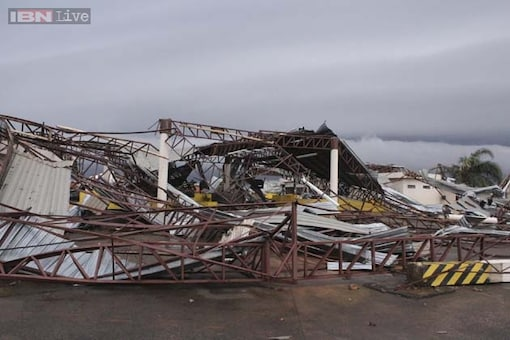 Fast-moving storm kills five as tornadoes rip US Midwest