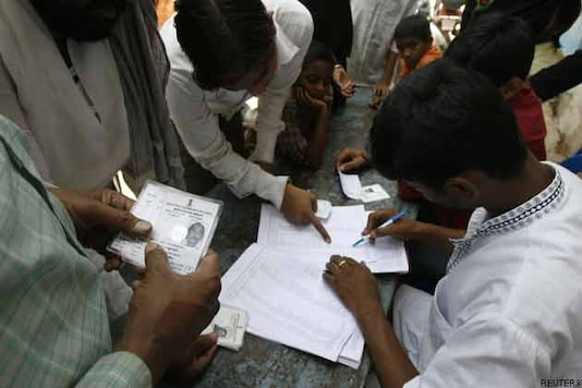 Delhi employees to get paid leave for polling on Wednesday