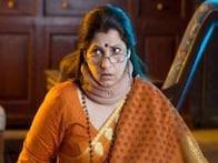 Bollywood Friday: Sunny Leone's 'Jackpot' vs Dimple Kapadia's 'What the Fish'