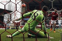 FA Cup: West Ham humiliated by Forest; Chelsea and Liverpool win