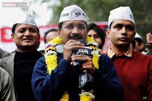 Kejriwal takes credit for 20 per cent cut in Delhi CNG prices