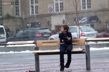 Watch: SOS Mayday conducted a social experiment to see if strangers would help a boy shivering in the cold at a bus stop in Norway