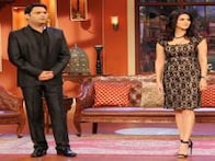 Sunny Leone looks more amused than spooked by Palak's act on 'Comedy Nights with Kapil'