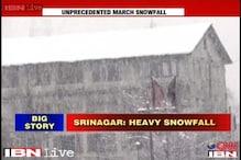 J&K: Srinagar shut down after heavy snowfall overnight