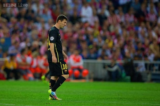 It must be hard to be Messi, says Barcelona coach