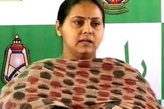 Lalu's daughter hires two IITians, doctors to manage her campaign