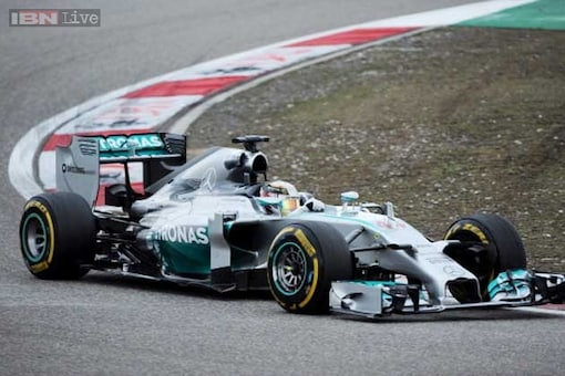 Mercedes sign long-term extension with Petronas