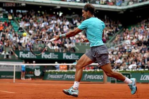 Rafael Nadal stretches French Open winning streak to 31