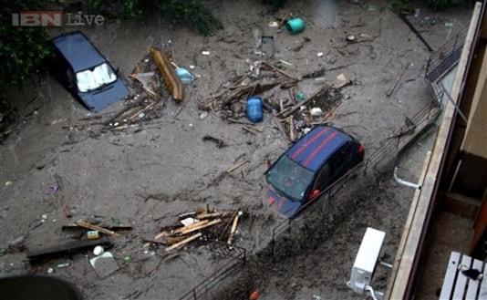 At least ten dead in Bulgaria flooding