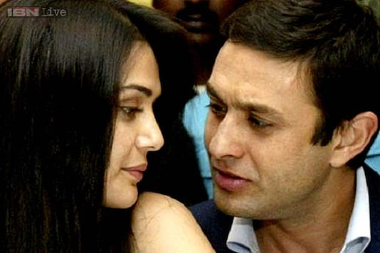 Preity Zinta-Ness Wadia fight is entirely their business, say celebrities