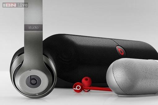 Apple closes Beats music acquisition