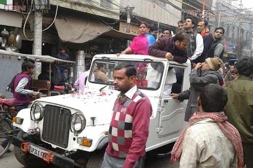 Delhi elections: Congress's Haroon Yusuf's roadshow leads to traffic jam in Ballimaran