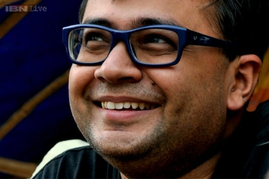 Bengali director Bauddhayan Mukherji wins the Aravindan Puraskaram for his film 'Teenkahon'