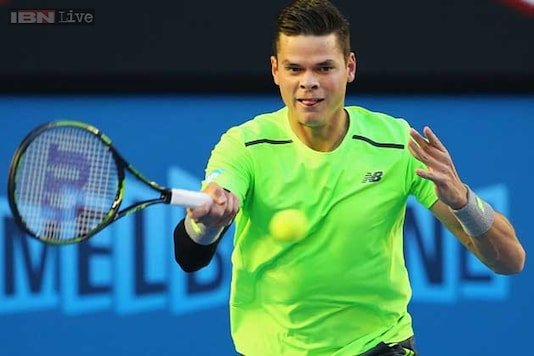 Milos Raonic prevails in tight three-setter in World Tennis Tournament