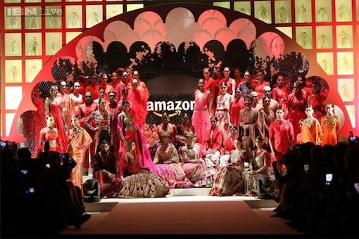 AIFW 2015: With 25 great designers and 50 divine creations, the grand finale didn't need a Bollywood showstopper