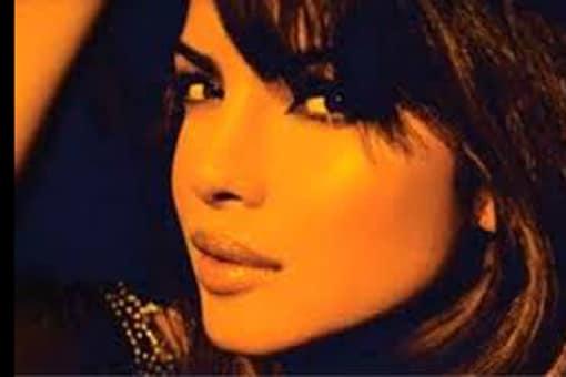 Still of Priyanka from her album 'In My City'