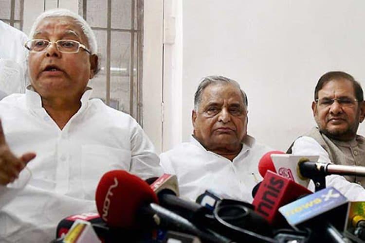 Kurmi Nitish leads Yadavs – Defining image of battle for Bihar