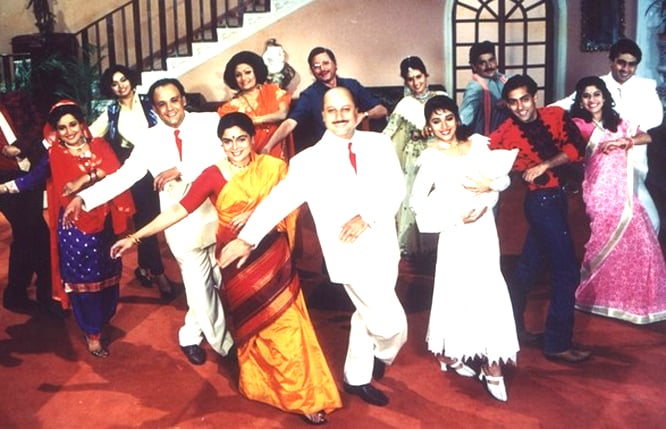 Years of Hum Aapke Hain Koun: Madhuri Dixit Recreates Gulel Moment