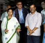 Mamta Banerjee meets Arvind Kejriwal in Delhi