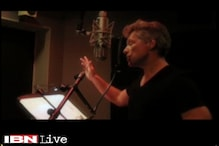 Jon Bon Jovi woos China ahead of his Asia tour-sings in Mandarin for the Chinese Valentine's Day