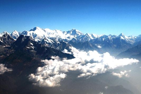 Image of Mount Everest (Reuters)