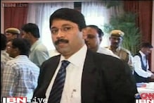 SC extends stay on Dayanidhi Maran's arrest in Telephone exchange case