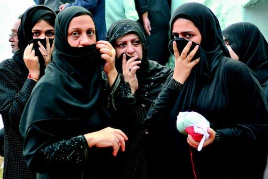 Pakistan Islamic body says full face veil not mandatory for women