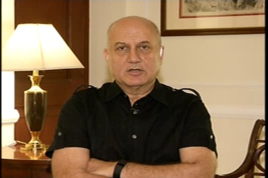 Anupam Kher will get Pakistan visa in 10 minutes if he submits all papers: sources