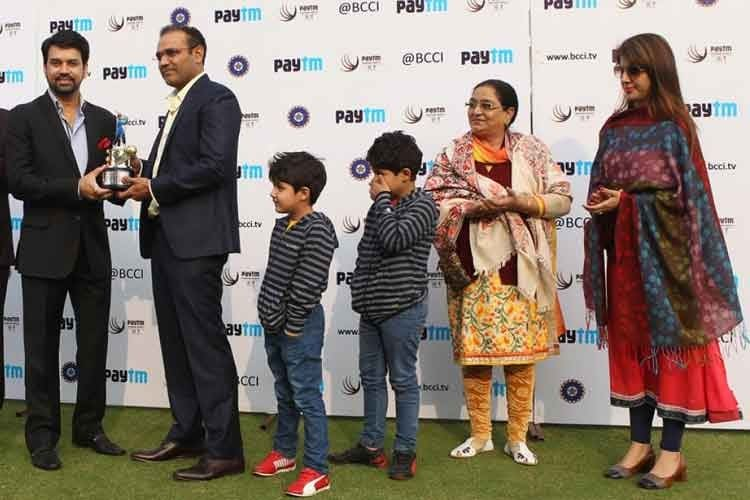 In pics: Virender Sehwag says good bye to cricket at Kotla
