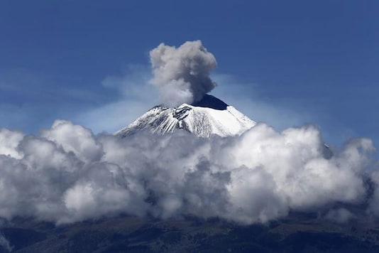 Ash from the Popocatepetl volcano temporarily closes central Mexico airport