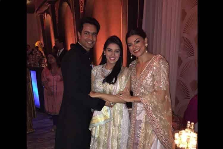 Asin Wedding   Inside Photos Of Asin Rahul Sharma S Wedding Reception News18