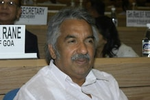 Kerala CM Chandy files defamation case against solar panel scam accused Saritha Nair