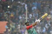 Mahmudullah half-century Guides Bangladesh to Tri-series Final