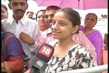 Rains fail to dampen spirit of visitors at the Sri Sri event