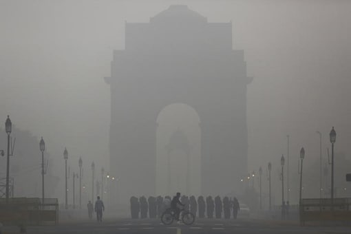 File photo of smoggy morning in Delhi (Reuters)