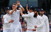 Ashes 2017: Broad Forgives Critics as Wickets Return in Melbourne Test