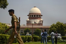 Treat With Urgency Pleas Against Payment of Full Wages During Lockdown, SC Tells Centre