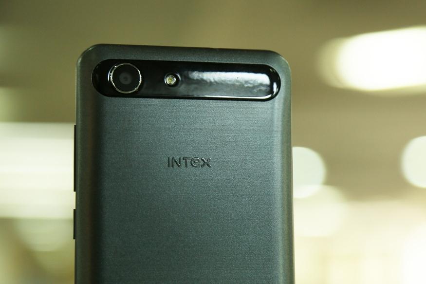 Intex-Aqua-View-03
